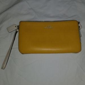 yellow coach clutch